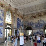 Tren İstasyonunun duvar seramikleri